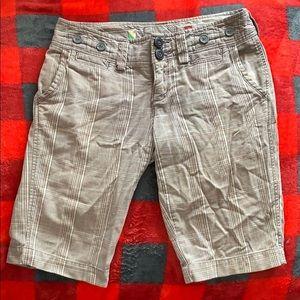 American Eagle Plaid Bermuda Shorts size 0